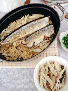 秋刀魚の脂とごぼうの香りがごはんに染み込んだ冬のおいしさたっぷりの炊き込みご飯。生姜も効かせて食欲増進と身体もあったまります。 秋刀魚は青魚なので「EPA」や「DHA」、良質なたんぱくも豊富でカルシウム、ビタミンも沢山含まれている栄養豊富な魚です。ビタミンAも豊富なので妊婦さんにもおすすめですね。