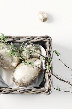 { #DIY } 30 idées créatives pour sa décoration de pâques - part 1 | www.decocrush.fr #easter #eggs #paint #gold