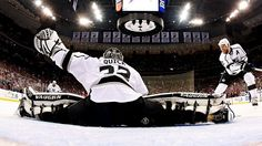 Man, is Jonathan Quick flexible! #GoKingsGo
