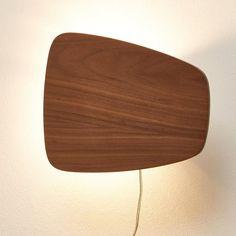 Applique murale lumineuse, Kilda La Redoute Interieurs : prix, avis & notation, livraison. Applique lumineuse Kilda. Design on ne peut plus vintage pour l'applique Kilda, mission accomplie pour les fans de déco rétro et d'éclairage indirect. Description de l'applique lumineuse Kilda :Système électrique non fourni.Support pour douille E14 pour ampoule 40W maxi (non fournie).Luminaire compatible avec les ampoules des classes énergétiques : A à E.Caractéristiques de l'applique lumineuse Kilda…