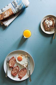 * wit + delight, simple breakfast styling