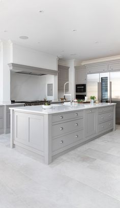 Modern Open Plan Kitchen - Modern open plan kitchens deserve a statement island. This larger than life island has been crafted - Grey Kitchen Designs, Kitchen Room Design, Modern Kitchen Design, Kitchen Interior, Kitchen Ideas, Kitchen Decor, Coastal Interior, Eclectic Kitchen, Kitchen Inspiration
