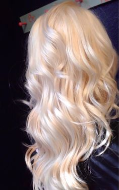 Ice Blonde, Blonde Hair Looks, Blonde Color, Bleach Blonde Hair, Colored Hair Tips, Platinum Blonde Hair, Aesthetic Hair, Balayage Hair, Gorgeous Hair