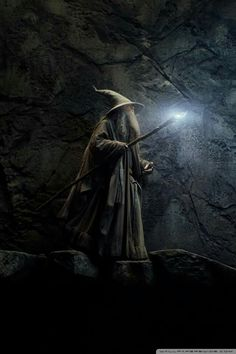 The Hobbit, Illuminated Staff of the Wizard Gandalf Gandalf, Legolas, Jrr Tolkien, O Hobbit, Middle Earth, Narnia, Lotr, Art And Architecture, Fantasy Art
