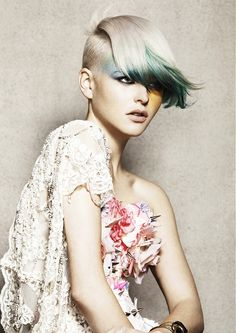 Whether you're a hardcore fan of punk music or just want to try a really special look, test these new short punk hairstyles for women with amazing haircuts and punk hair color ideas! Punk Hair Color, Hair Color Blue, Green Hair, Teal Green, Aqua, Short Punk Hair, Very Short Hair, Hair Styles 2014, Short Hair Styles