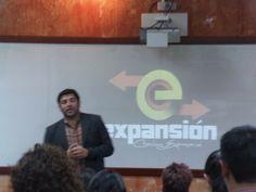 Conferencia en Universidad Rafael Landivar Xela
