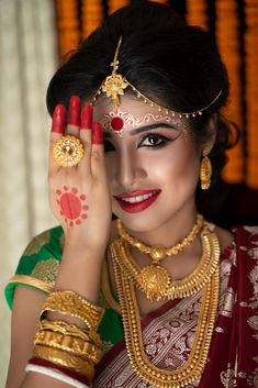 """Photo from album """"Brides"""" posted by photographer SNAPSHOT - Photography & Films (Avinava Biswas) Bengali Bride, Bengali Wedding, Hindu Bride, Bengali Art, Bridal Portrait Poses, Bridal Poses, Bridal Photoshoot, Bengali Bridal Makeup, Bridal Makeup Looks"""
