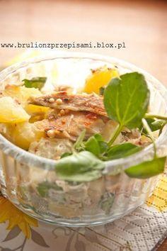 sałatka młode ziemniaki, wędzona makrela i rukiew wodna