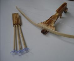 Amazon.com: Train Play Kid Child Bamboo & Wood Bow Offspring Repeating Crossbow Set 3 Safe Arrows Small: Toys & Games