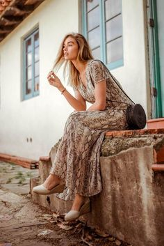 The Bohemian Lifestyle on Covetboard features an eclectic mix of bohemian decor and fabulous boho fashion. Covet bohemian fashion now on Covetboard. Bohemian Lifestyle, Bohemian Style, Fashion Now, Boho Fashion, Laid Back Style, My Style, Viper, Stylists, Artisan