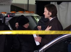 Jared Padalecki Photos - Jared Padalecki And Jensen Ackles Fight The Cold Weather For Their Show - Zimbio