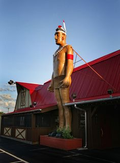 Big Indian @ Pratt's BBQ in Kingsport, TN.  Photo: Earl Carter  Southern Visions blog