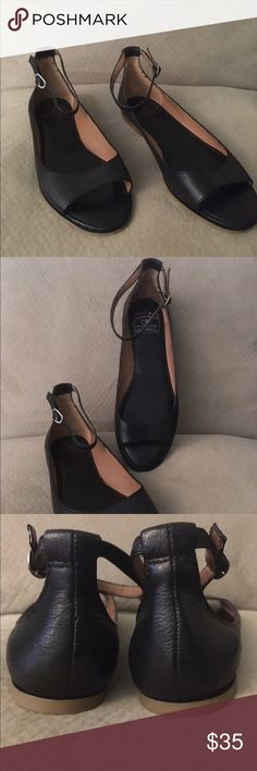 Lucky Brand Flat Peep Toe Strap Sandal Shoe Sz 9.5 Brand New, Black silver hardware.  Fits like 8.5 $75 MSRP Lucky Brand Shoes Flats & Loafers