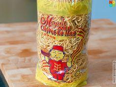 """""""Ee Mee"""" noodles"""
