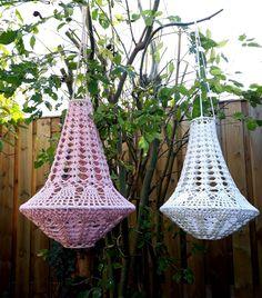 Crochet pattern in Dutch for sale at Lindevrouwswebshop Lampe Crochet, Crochet Lampshade, Crochet Mandala, Crochet Yarn, Knitting Yarn, Crochet Stitches, Crochet Patterns, Crochet Afghans, Crochet Blankets