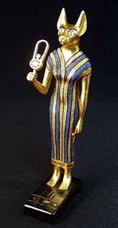 """Mafdet - Deusa associada à justiça e ao poder real. O seu nome significa provavelmente """"a corredora""""."""