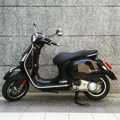 Vespa Gtv, Piaggio Vespa, Vespa Lambretta, Motorcycle Rallies, Motorcycle Clubs, Motorcycle Design, Motor Scooters, Vespa Scooters, Motos Vespa