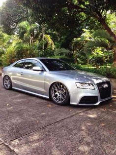"Manila's first bagged Audi RS5! Riding on AirRex and Accuair! The owner's comment: "" It rides much better now on dynamic mode for Manila streets."" - Nov. 26, 2013 #carpornracing #audi #RS5 #airrex #accuair #airsuspension"