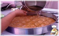 Sammali (Kıbrıs) - Yemek Tarifleri - m.lezzetler.com Turkish Snacks, Chocolate, Vegetables, Food, Essen, Chocolates, Vegetable Recipes, Meals, Brown