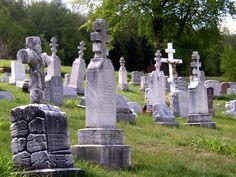 pics of cemetaries   File:Eastern Catholic cemetery.jpg - Wikipedia, the free encyclopedia