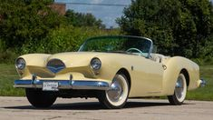 1954 Kaiser Darrin at auction - Hemmings Motor News Vintage Cars, Antique Cars, Chrysler Cars, Black Carpet, Cabriolet, Collector Cars, Chevrolet Corvette, Old Cars, Cars For Sale