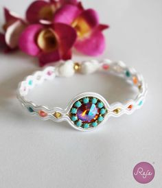 Soutache bracelet, crystal bracelet, handmade in Italy. https://www.etsy.com/it/shop/Rejesoutache?ref=hdr_shop_menu FACEBOOK: https://www.facebook.com/rejegioielliinsoutache/