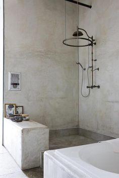 betonlookdesign... inspiratie voor restyling badkamer.. betonstuc kan over bestaande tegels.