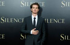 Andrew Garfield explains that Ryan Reynolds kiss
