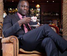 """Adewale Akinnuoye-Agbaje On His \""""Bull And Lava-Like Creature\"""" Look In Thor: The Dark World"""