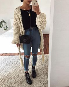 stylish winter outfits ideas you can wear on repeat 2 ~ thereds.me - stylish winter outfits ideas you can wear on repeat 2 ~ thereds.me Source by jasmevisser - Stylish Winter Outfits, Cute Casual Outfits, Winter Fashion Outfits, Sweater Fashion, Fall Fashion, Casual Winter, Black Top Outfits, Black Jeans Outfit Fall, Comfy Fall Outfits