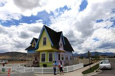 "The ""Up"" House – Herriman, Utah - Atlas Obscura Herriman Utah, Disney Up House, White Picket Fence, First World, Travel Usa, The Neighbourhood, Exterior, Cabin, Adventure"