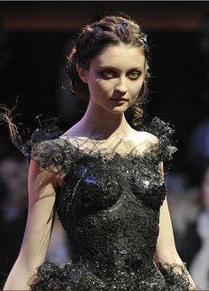 Franck Sorbier #raven queen,   character inspiration, story inspiration, fantasy