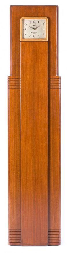 89192: c 1931 A RAYMOND LOEWY COLUMAIRE WALNUT SKYSCRAPER RADIO CLOCK FOR WESTINGHOUSE