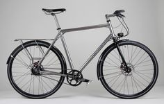 """The Civia Bryant doesn't come in my size. A search for """"Custom commuter bike"""" led me to this drool-inducing titanium specimen from Firefly Cycles."""