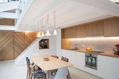 Loft in Paris by Batiik Studio Loft Paris, Les Bons Coins, Patricia Urquiola, Residential Interior Design, Interior Design Magazine, Dining Room Design, Studio, Kitchen Interior, Feta