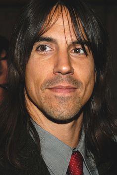 Anthony-Kiedis-anthony-kiedis-15981001-752-1128.jpg (752×1128)