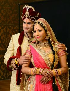 16 Ideas For Wedding Couple Dress Bride Groom Indian Indian Wedding Couple Photography, Indian Wedding Bride, Bridal Photography, Photography Couples, Bride Poses, Wedding Poses, Wedding Couples, Romantic Couples, Indian Bridal Photos