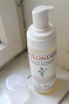 MULONDON Organic Lavender Foaming Face Wash *ONCE UPON A CREAM Vegan Beauty Blog*