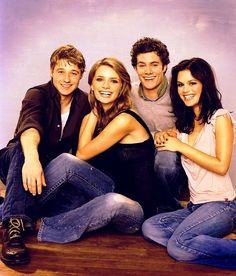 1. The OC -- I swear my weeks weren't complete without this show way back in the day. It's just such a phenomenon and how could you even forget Seth Cohen? And Little miss Vixen? and the craziness that is Ryan and Marissa? Nothing beats The OC.