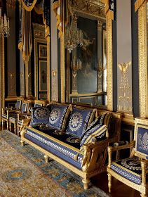 """versaillesadness: """"Sumptuous Hotel de Beauharnais 🏛 The Empire Style is massive but so elegant 👑 . French Interior, Classic Interior, French Decor, Luxury Interior, Luxury Furniture, Interior Design Masters, Decor Interior Design, Empire Design, Style Empire"""