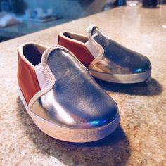 Fashion baby shoes!   #hivishoes #silver #babyshoes #babygirl #vegan #crueltyfree