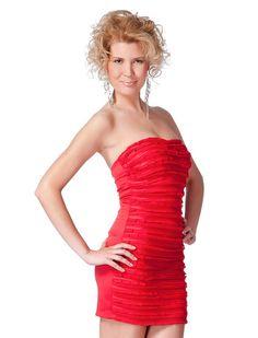 Rochie Estel - Rochie cocheta de lungime medie, potrivita pentru petreceri. Model decorat in partea frontala, are bretele detasabile si se incheie cu fermoar pe lateral. 59lei