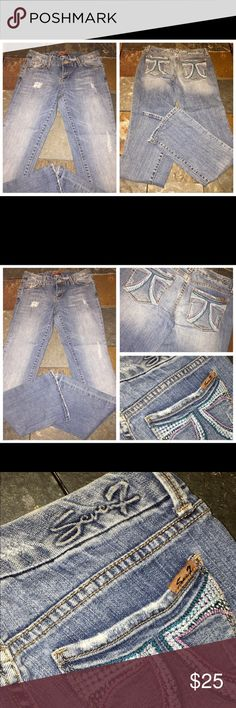 SEVEN 7 Destroyed Fancy Stitched Pkt Jeans 30 x 33 SEVEN 7 Destroyed Fancy Stitched Pkt Jeans 30 x 33. Stated size 28. Seven7 Jeans Boot Cut