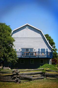 Barndominium, Farmhouse Style, Cabin, The Originals, House Styles, Outdoor Decor, Home Decor, Decoration Home, Country Style