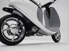 8-gogoro-introduces-worlds-first-electric-smartscooter
