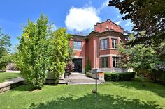 Why settle for a multi-million dollar penthouse when you could get this stately Rosedale home for $9 million? Toronto