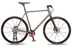Nua-Doppio_titanium-flat-bar-city-bike_Kappstein-Doppio-two-speed-crankst_studio-complete