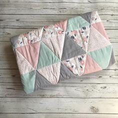 Baby Girl Bedding, Baby Girl Quilts, Girls Quilts, Quilt Baby, Nursery Bedding, Nursery Decor, Nursery Room, Bedroom, Mint Nursery