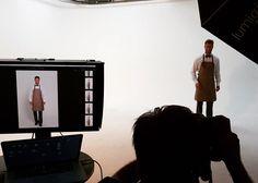 Die Bilder vom Fotoshoot gibts ab September online im Shop und im neuen Hauptkatalog  #comofashion #comodeluxe #berufsbekleidung #arbeitskleidung #corporatestyle #corporatefashion #workwear #gastronomie #catering #kellner #waiter #waiterlife #schürze #lederschürze #leder #fotoshooting #model #malemodel #behindthescenes #fashion #fashionphotography #mode #hoga