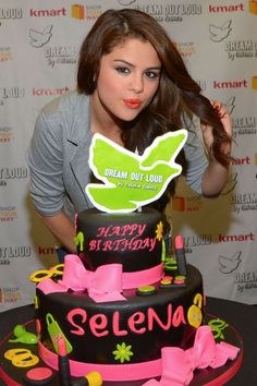 SelenaGomez What IfToday WasTheLastDay?.  Theres a bandInCanada Has a Message That Brags a SweetHarmony With MissSelenaG and The BirthDayMessages! Just Ask KatyPery!
